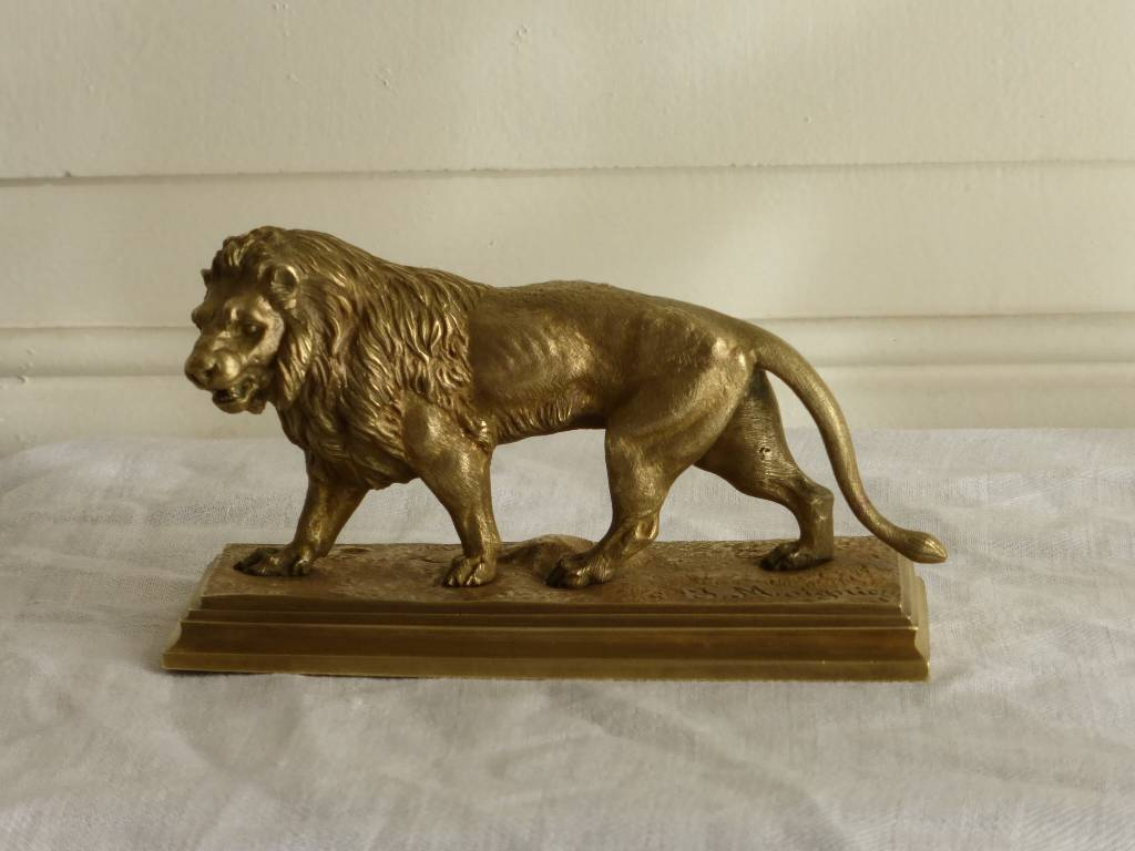 No - 274 - Moigniez Jules 1835-1894 bronze - lion en marche | Puces Privées