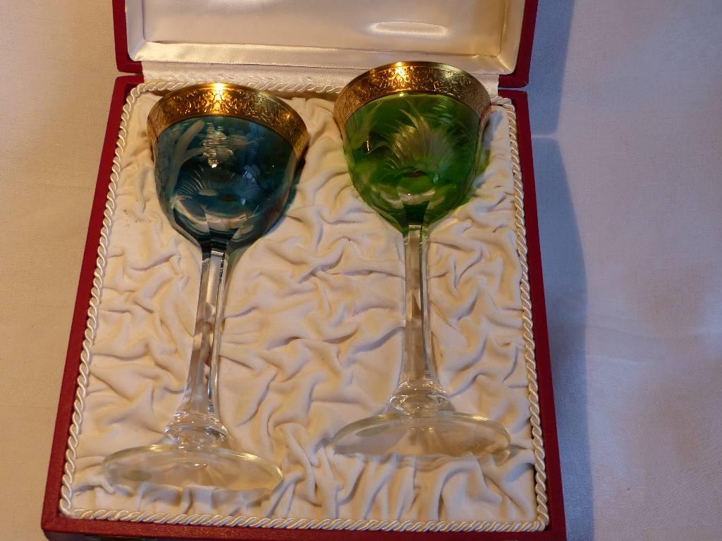 No - 280 - coffret de deux verres à pied en cristal taillé ,  cristallerie Moser | Puces Privées