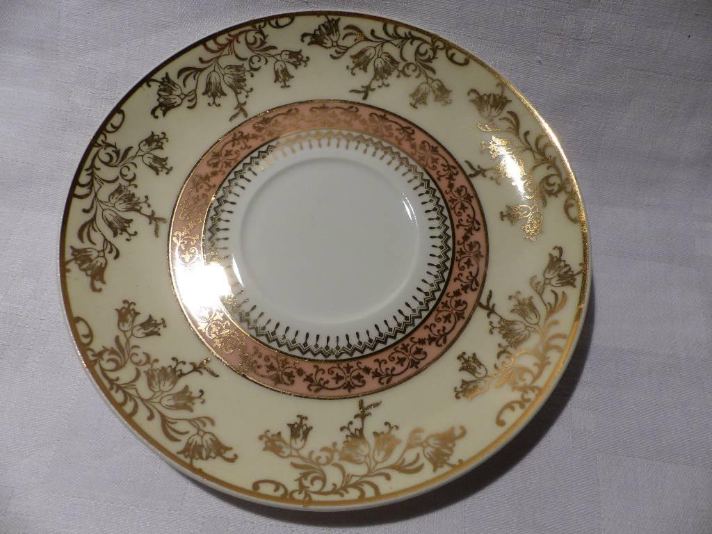 No - 281 - Trois bols à bouillon porcelaine de Limoges Haviland France .   Puces Privées