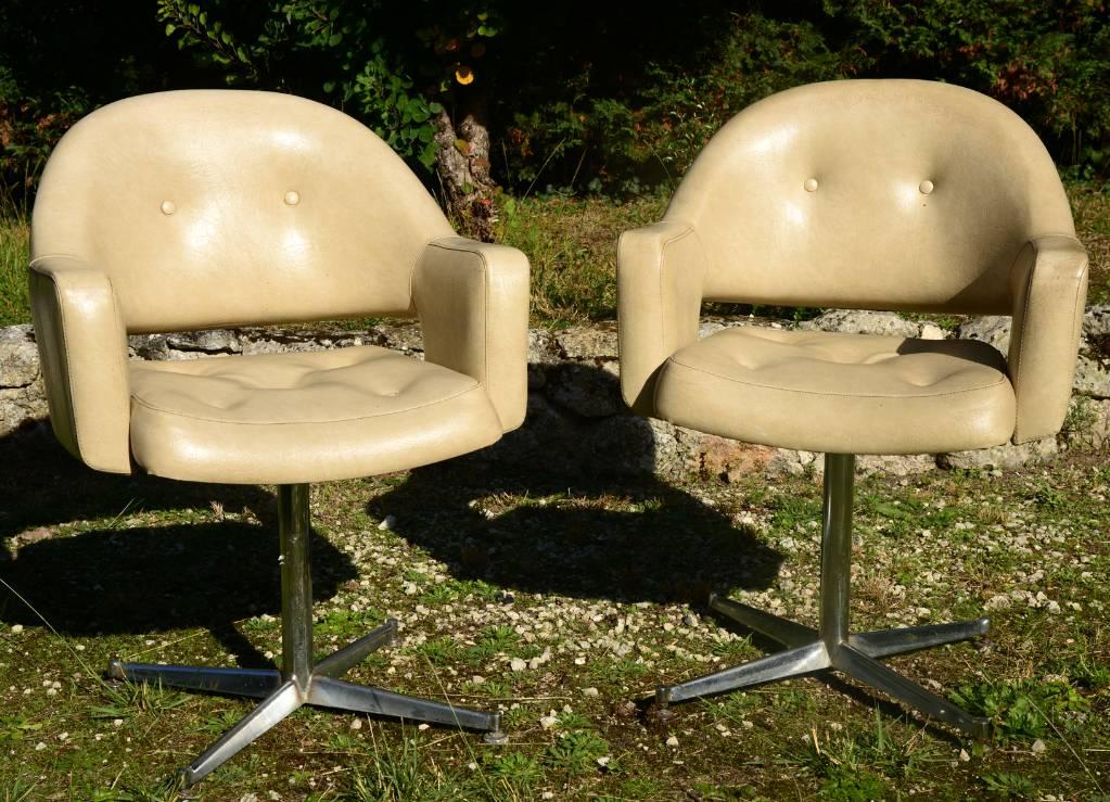 Paire de fauteuils de coiffeur | Puces Privées