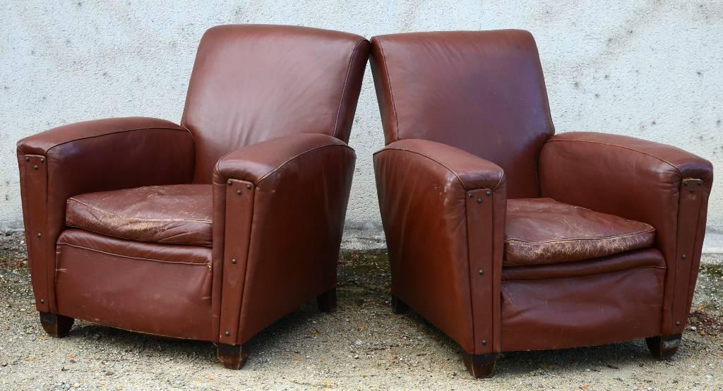 Paire de fauteuils club   Puces Privées