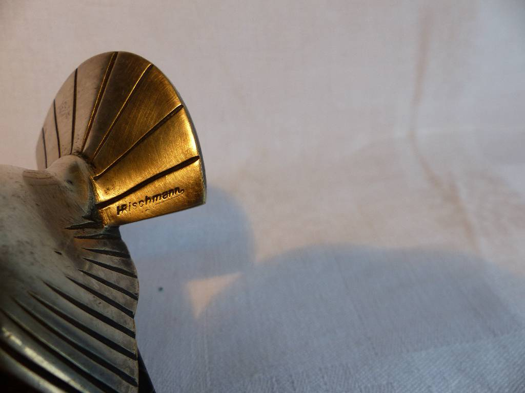 No - 290 - Bronze argenté moineau par Henri Rischmann fixé sur marbre . | Puces Privées
