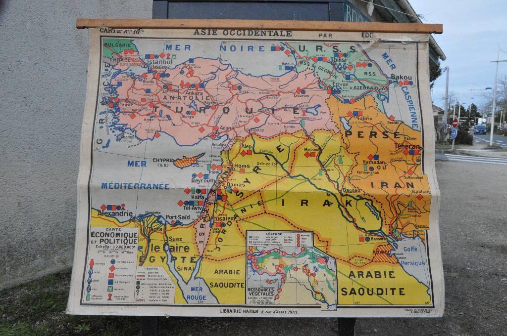 Carte d'école ancienne de l'Asie | Puces Privées