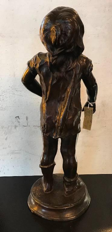 Petit garçon en bronze | Puces Privées