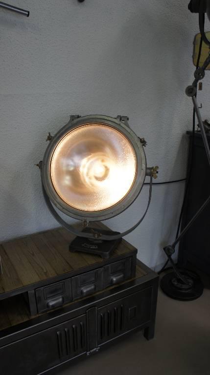 Projecteur MAZDA   Puces Privées