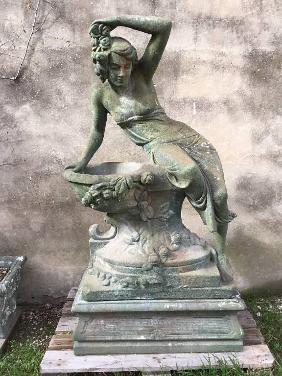 Fontaine   Puces Privées