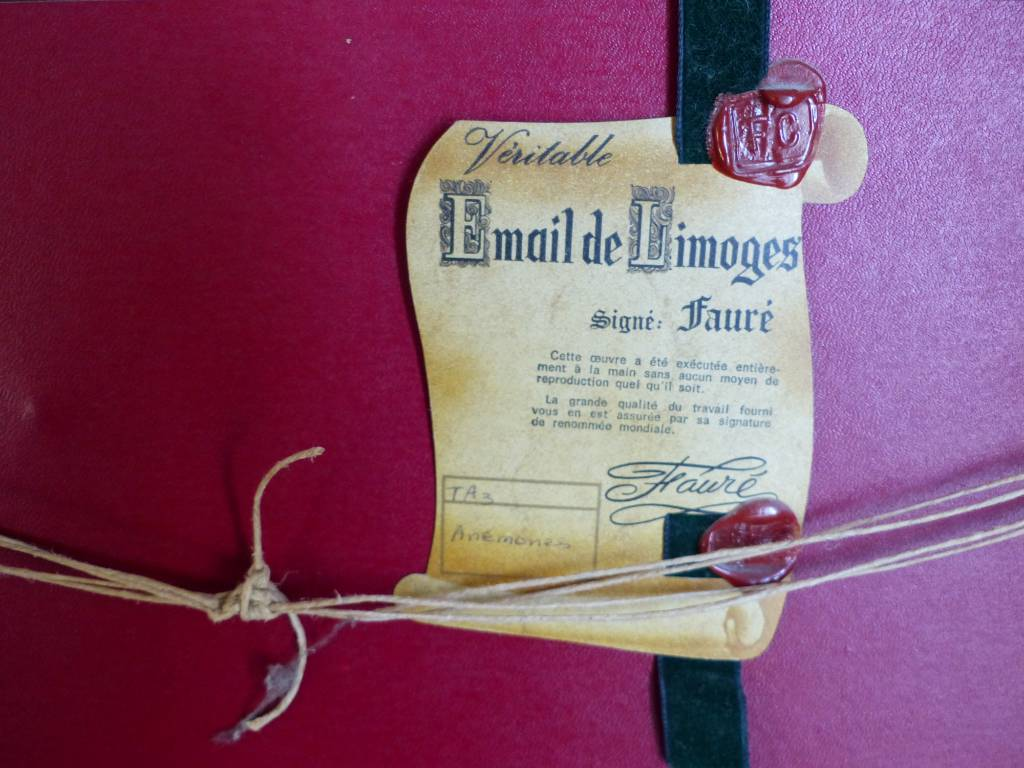 Fauré  Camille , Limoges France , émail No 1 sur 8 , bouquet de fleurs anémones | Puces Privées