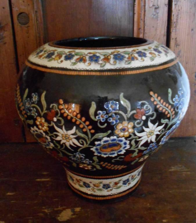 Vase en céramique de Thoune - suisse 1880 | Puces Privées