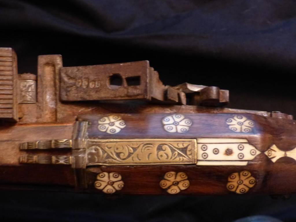 Fusil Moukhala d'Afrique Du Nord 18e - 19e 180 cms   Puces Privées