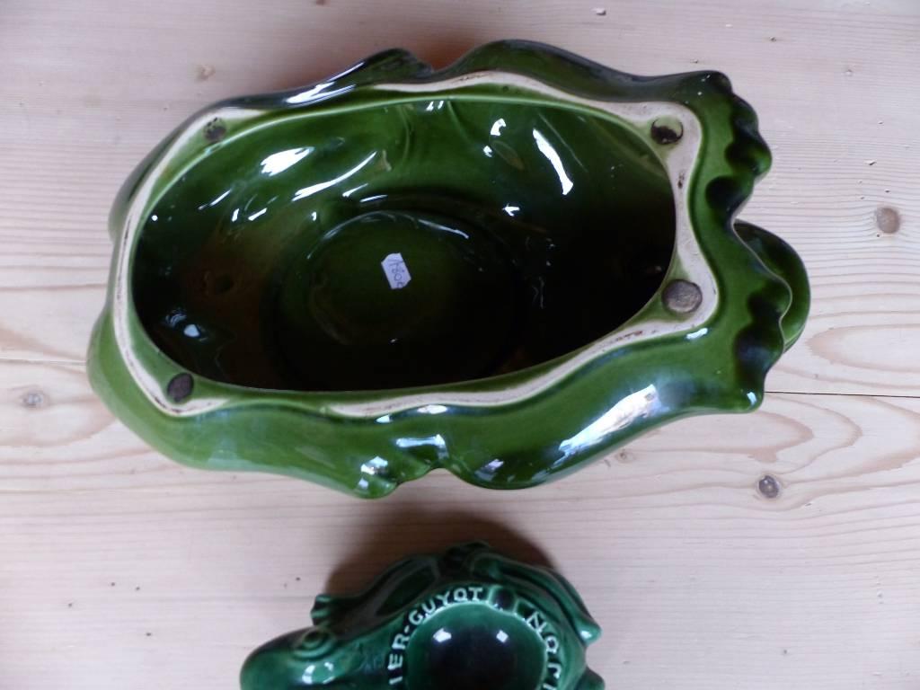 No - 320 - Grand  Cendrier grenouille  publicitaire de l'Héritier Guyot à Dijon  France producteur de crème de cassis .   Puces Privées
