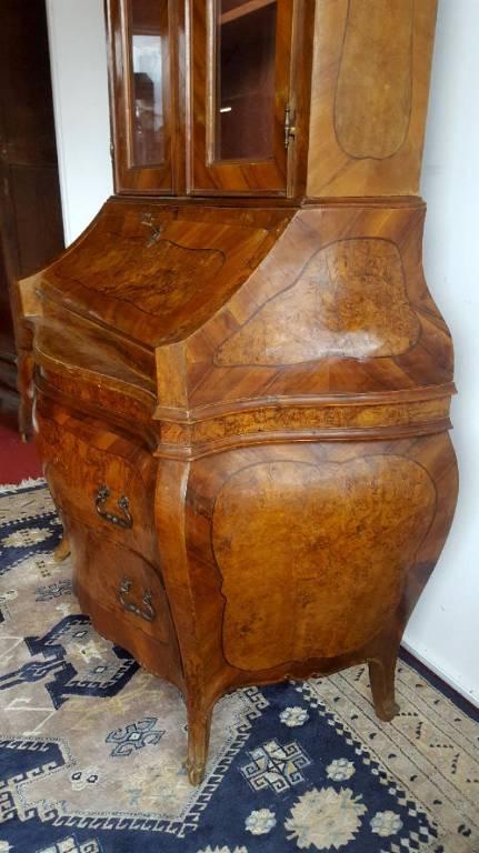 Cabinet secrétaire Louis XV baroque galbé.   Puces Privées