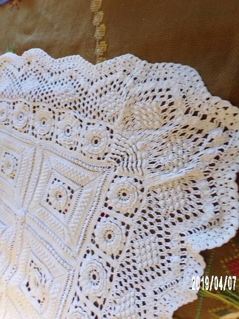 DESSUS DE LIT Au crochet & Aiguille 215 cm x 206 cm   Puces Privées