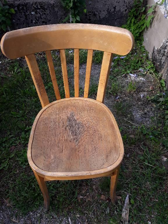 lot de 32 chaises de bistrot  Baumann des années 1960 | Puces Privées