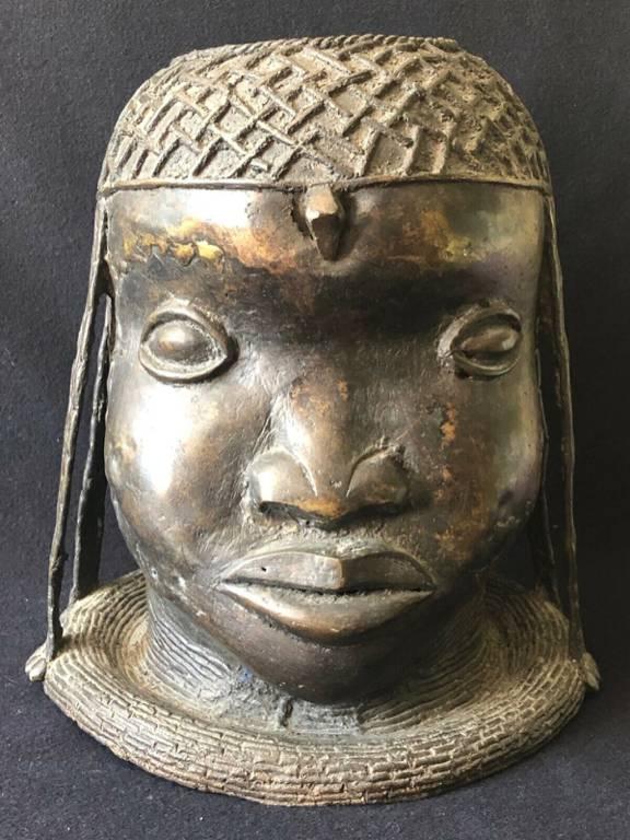 Tête d'homme en bronze Benin Bronze 28,5 cm diamètre 26,5 cm 4kg610 Afrique déco   Puces Privées