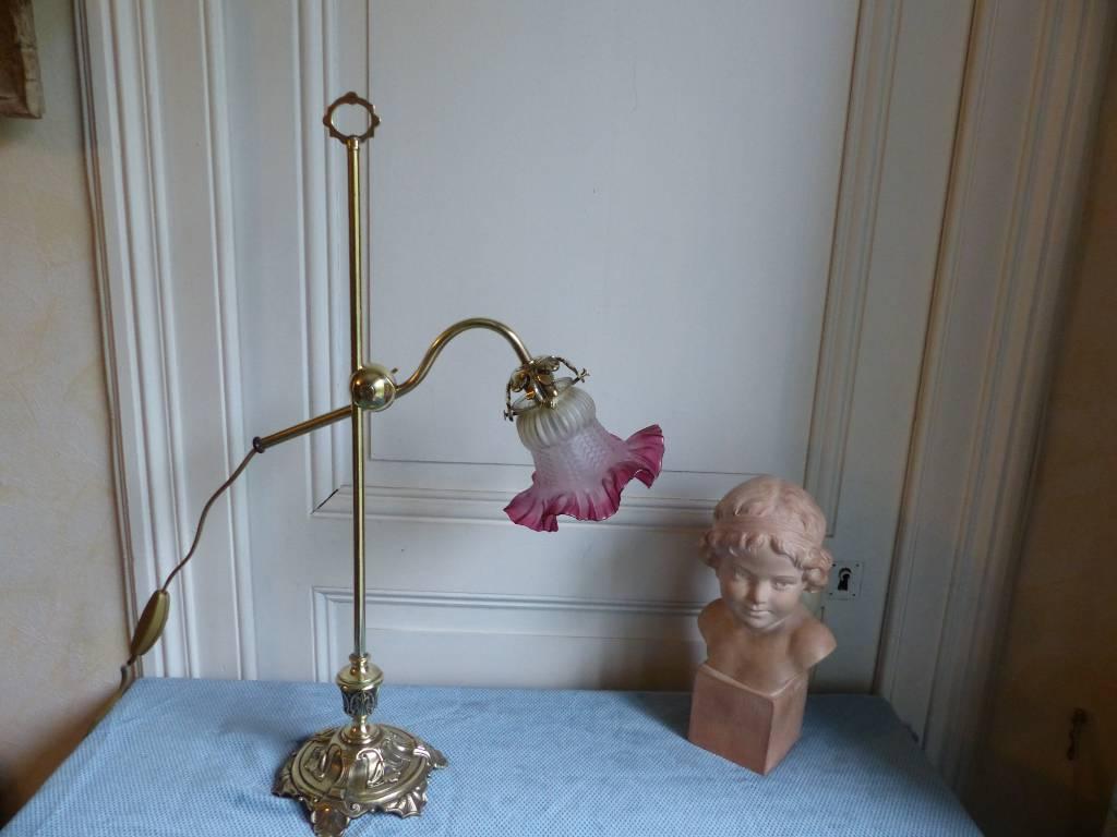 No - 371 - Belle lampe en laiton et bronze époque 1900 | Puces Privées