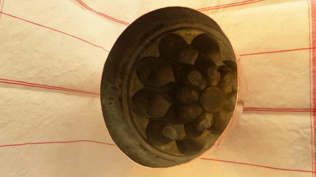 No - 377 - Moule à gâteau en cuivre XIXème siècle | Puces Privées