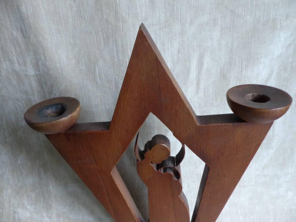 No - 386 -  Bougeoir sculpture  en bois massif découpé   Puces Privées