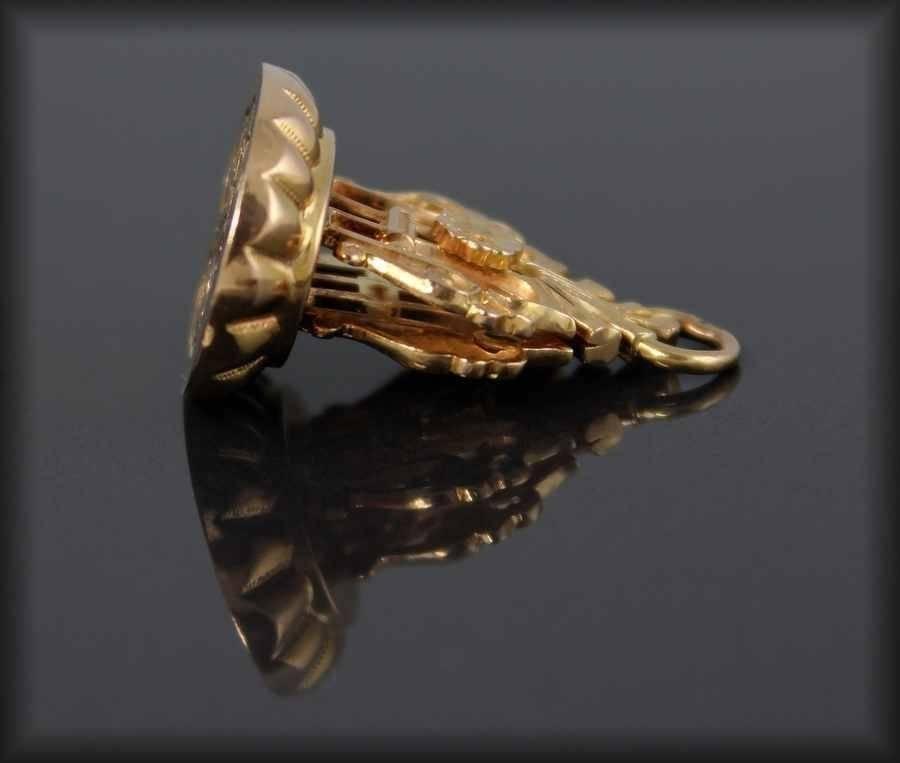 Sceau-cachet -pendentif OR 19 ème   Puces Privées