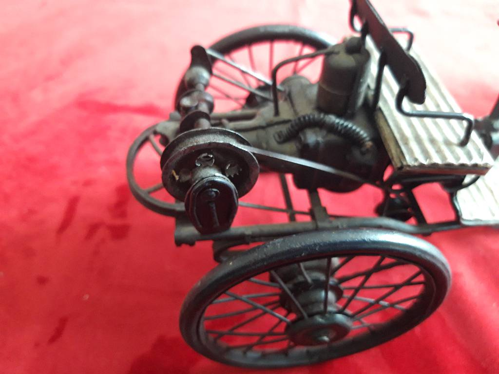miniature en métal  véhicule à vapeur | Puces Privées
