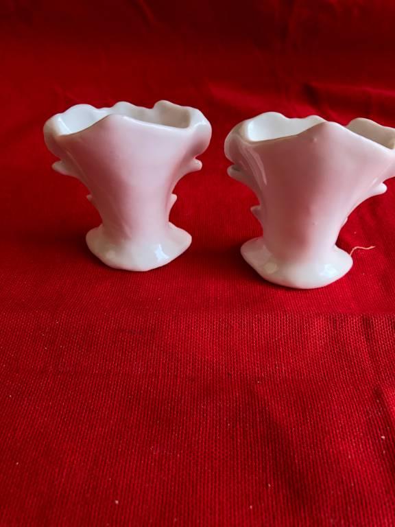 Paire de petits vases d'église | Puces Privées