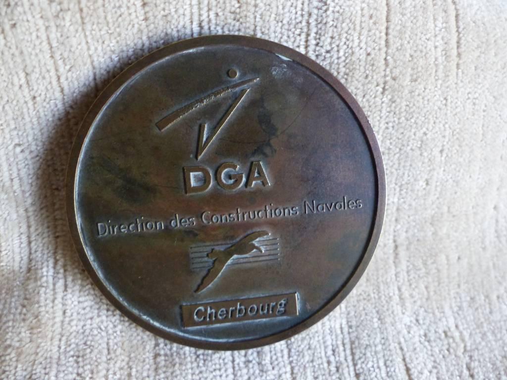 No - 404 - Médaille Sous-Marin Nucléaire d'attaque Perle  ,Cherbourg  France | Puces Privées