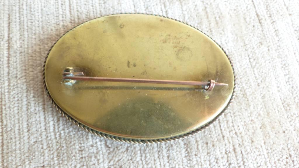 No - 405 - Broche ancienne  micro mosaïque de verre Murano | Puces Privées