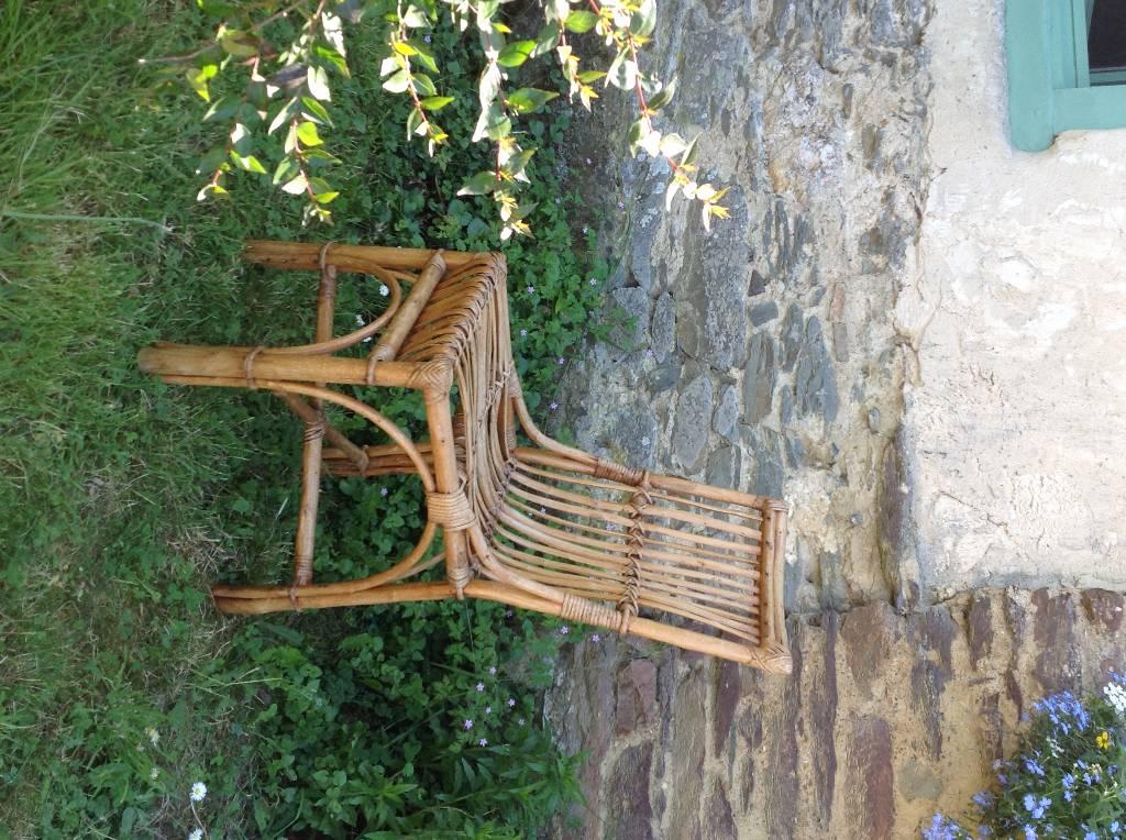 Chaise de jardin ancienne bambou, osier | Puces Privées