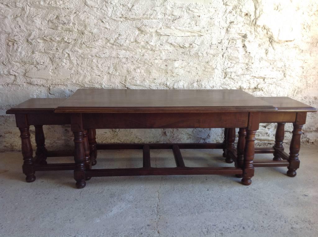 Table basse ancienne et ses 2 bouts de canapé | Puces Privées