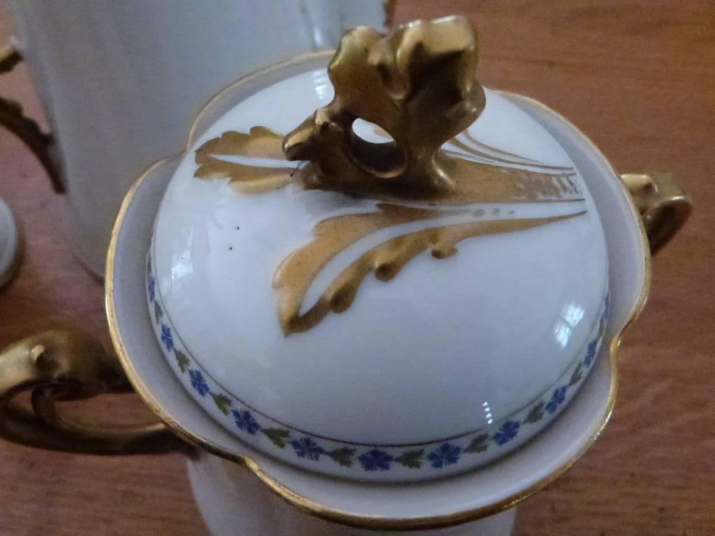 Cafetière, pot à lait et sucrier | Puces Privées