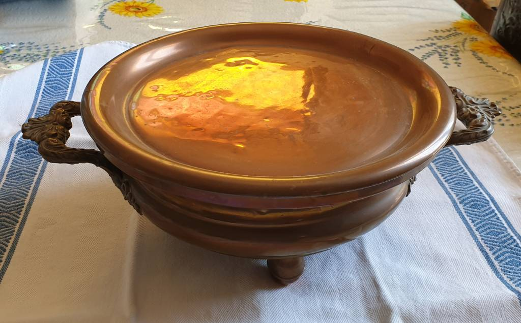 #28 - Beau chauffe plat en cuivre   Puces Privées