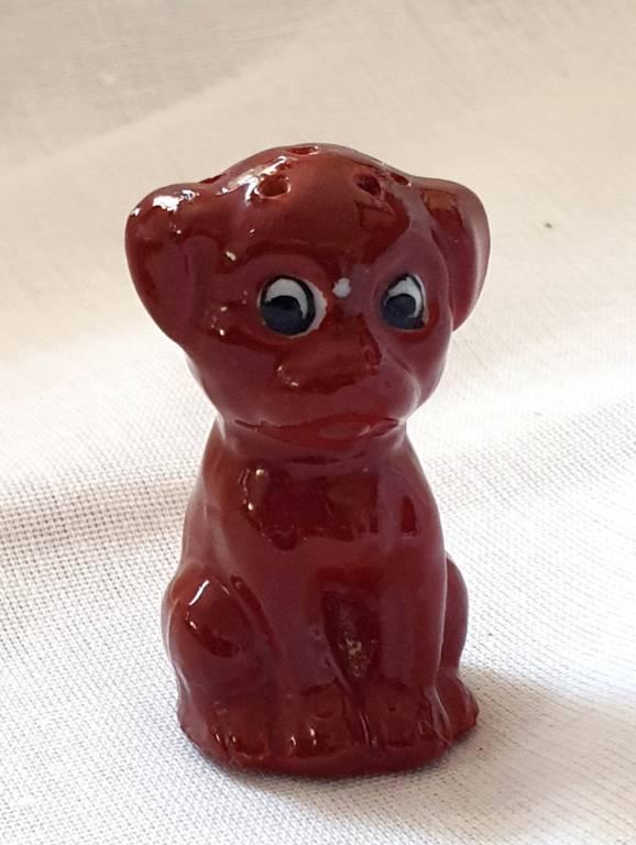 #47 - Salière chien marron en faience | Puces Privées