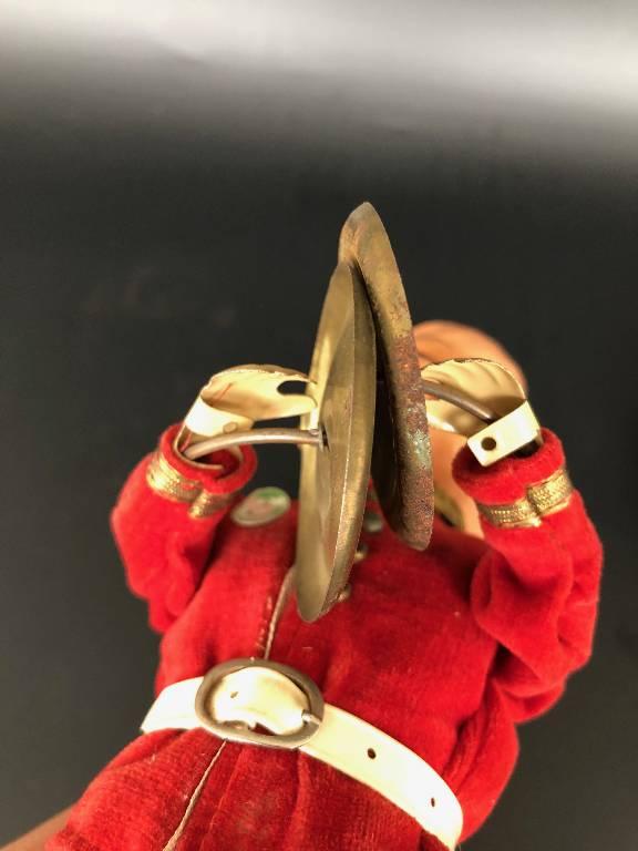 ANCIEN JOUET AUTOMATE MAX CARL GARDE ANGLAIS CYMBALES | Puces Privées
