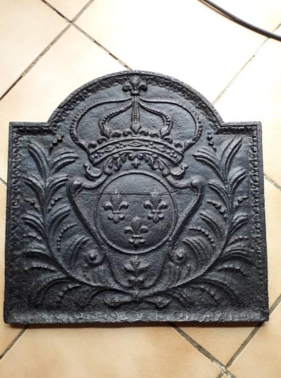 Plaque de cheminée style Louis XIV aux armes de France   Puces Privées
