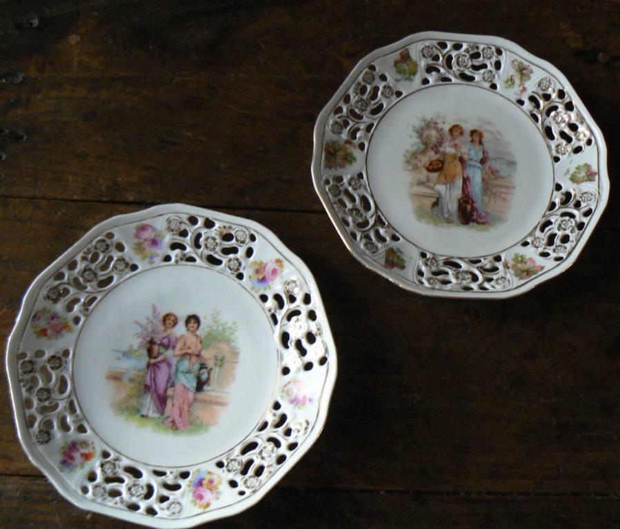 Assiettes décoratives porcelaine ajourée | Puces Privées