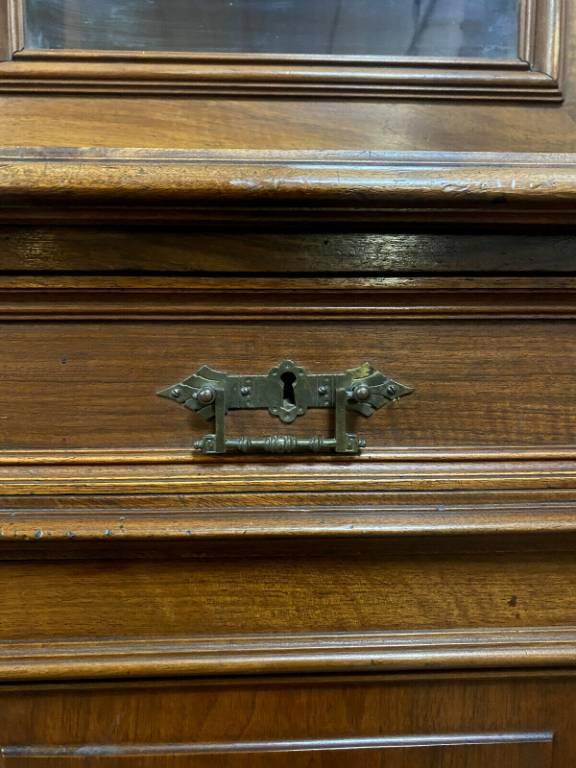 Importante bibliothéque de parquet époque Napoléon III en noyer massif vers 1850 | Puces Privées