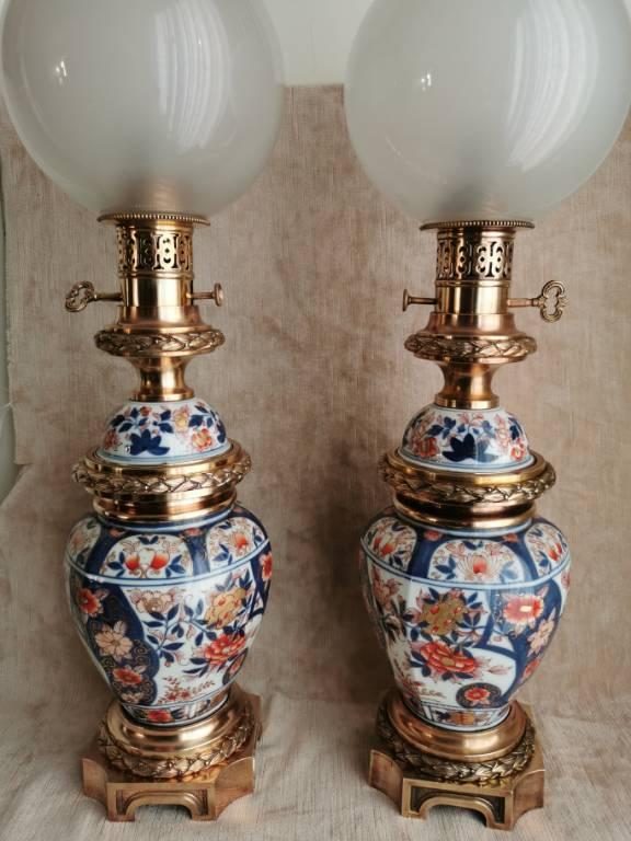 No - 436 -  Paire de lampes porcelaine Imari monté bronze époque XIX ème siècle | Puces Privées