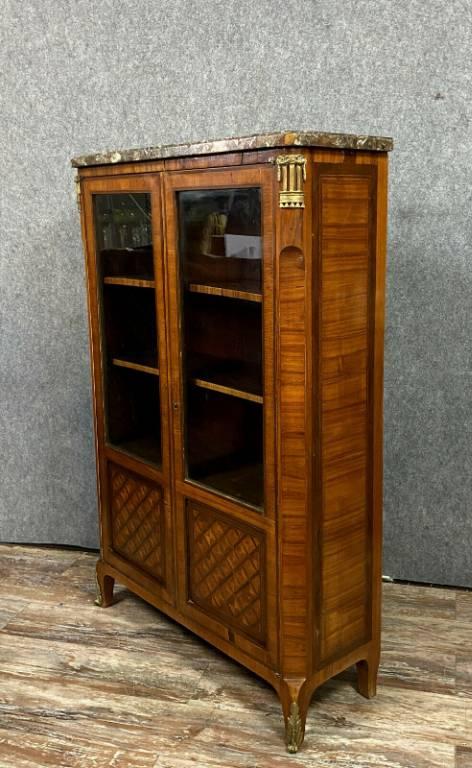 Exceptionnelle bibliothéque Louis XV en marqueterie de bois nobles | Puces Privées