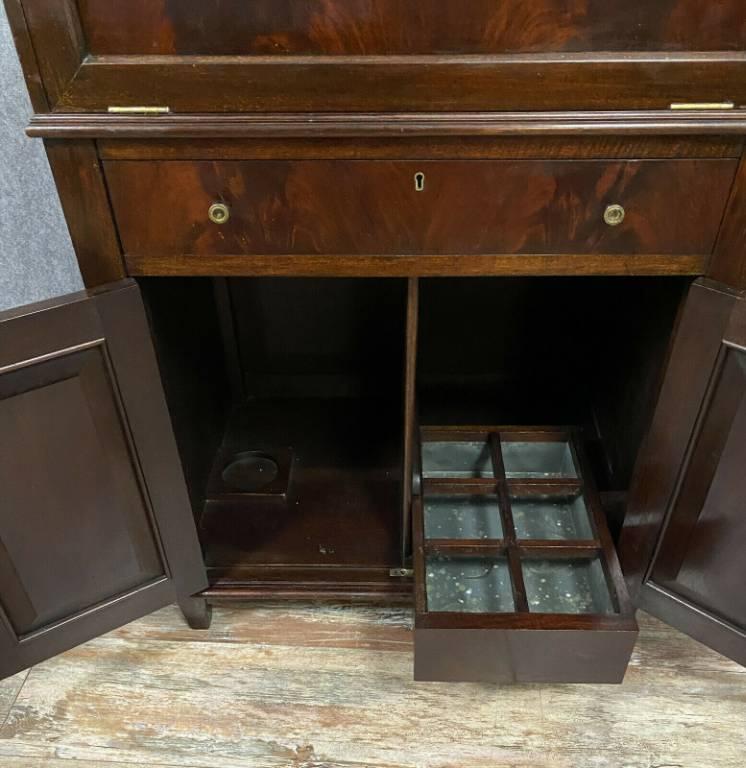 Très rare et luxueux meuble bar d'officier en acajou époque Napoléon III vers 1850 | Puces Privées