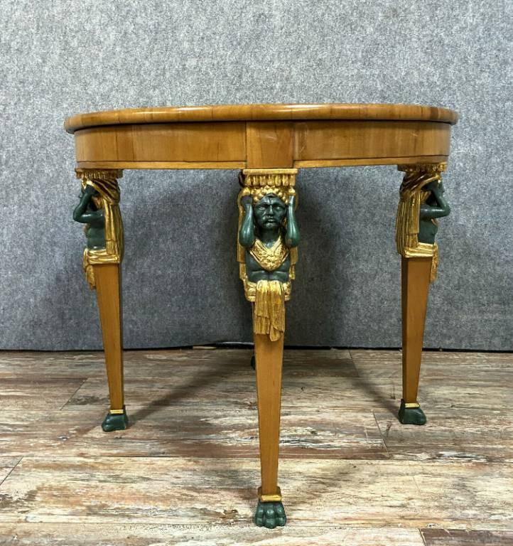 Très Rare table volante d'apparat Empire en acajou blond et cariatides en bois doré et laqué | Puces Privées