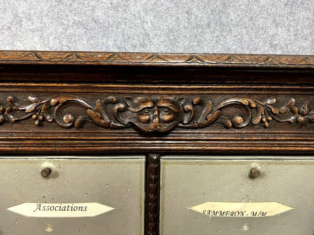 Meuble cartonnier De notaire Renaissance en chêne massif vers 1850   Puces Privées