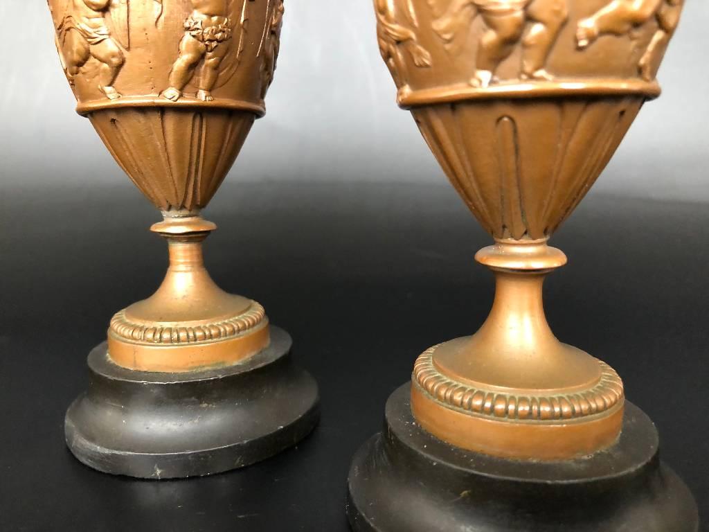 ANCIENNE PAIRE DE BOUGEOIRS STYLE EMPIRE BRONZE EPOQUE FIN 19ème | Puces Privées