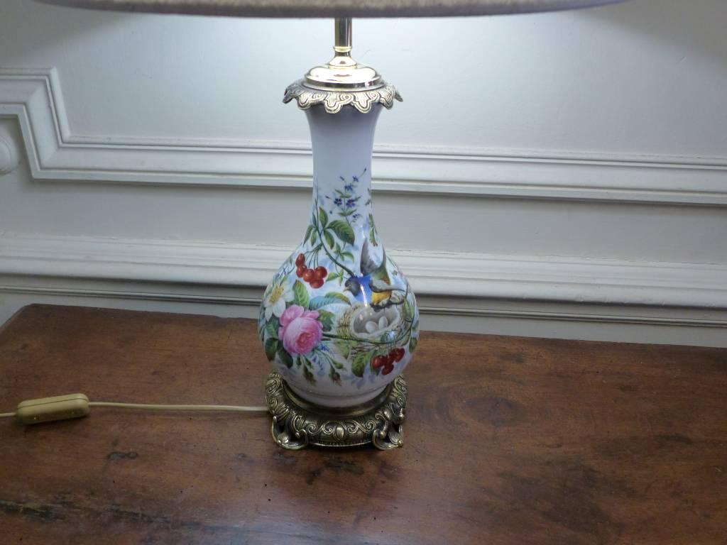 No - 452 - Belle lampe en porcelaine et bronze époque 19 ème siècle   Puces Privées