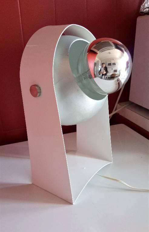 Lampe de table aluminium laqué blanc, années 60 vintage | Puces Privées