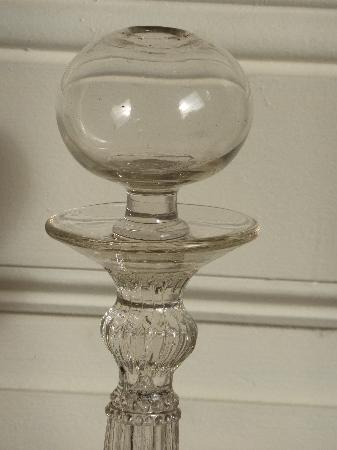 No - 55 -  Lampe à huile en verre souflé moulé, Art populaire, Collections   Puces Privées