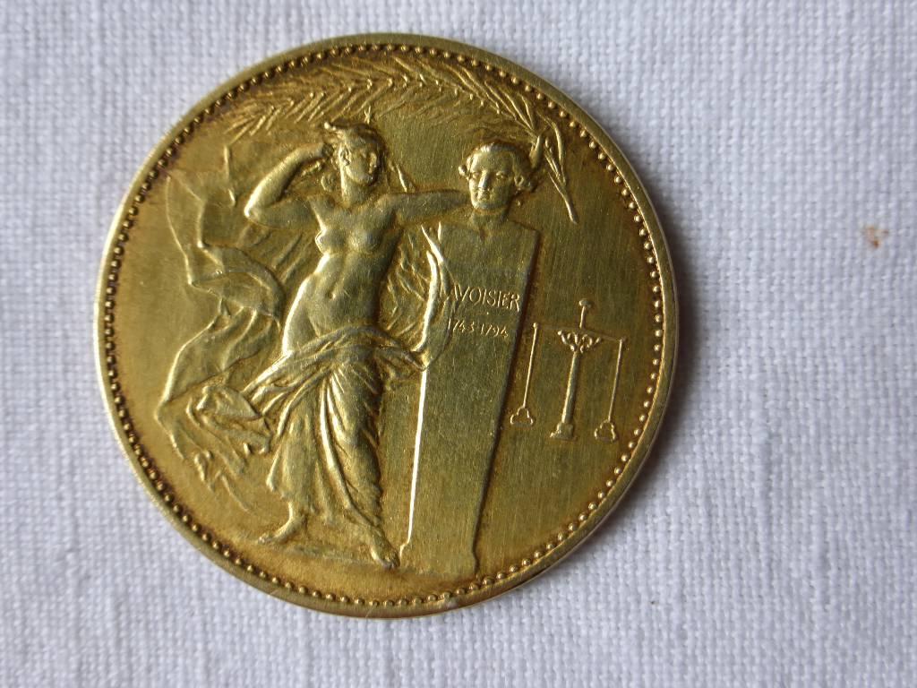 No - 71 -  Médaille argent doré -Union des industries chimiques ., Numismatique, Collections | Puces Privées