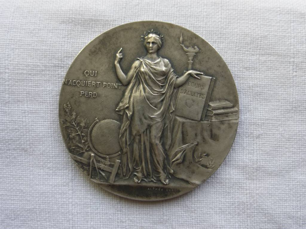 No - 76 -  Médaille en argent de l'instruction  publique par Dubois Alphée  1937 ., Numismatique, Collections | Puces Privées