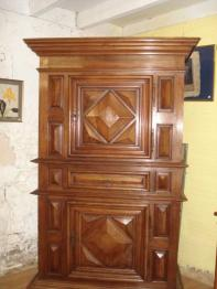 Brocante 33, vitrine Claude Merlet, brocante Gironde | Puces Privées
