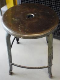 Chaise et tabouret vintage