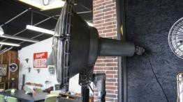 Suspension industrielle | Puces Privées