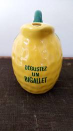 Brocante 13, vitrine VENTABROC, brocante Bouches-du-Rhone | Puces Privées